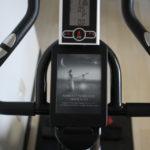エアロバイク、スピンバイク × kindle(キンドル)で読書しながら生産性抜群な室内運動!エアロバイクとスピンバイクの違いとは